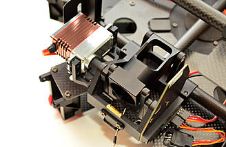 The integrated retract mechanism and pre installed servos.