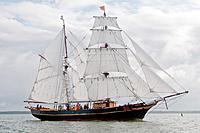 Name: Tres_Hombres-2M_50_.jpg