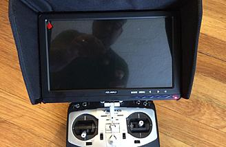 "10"" 5.8 GHZ Diversity Self Powered FPV Monitor ready to work (I like it better on a tripod)"