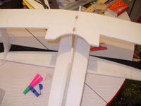Name: P1020466.jpg Views: 142 Size: 50.8 KB Description: Aqui se puede ver el conjunto de planos, no estan pegados, el ala inferior esta pintada, en solo una parte del esquema .