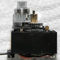 Name: servos02.jpg Views: 139 Size: 98.2 KB Description: New servo fitted with old gears.