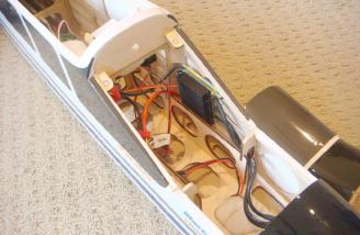 A 50A ESC rides on the inside of the fuselage. It features a hefty heat sink and Deans ultra connectors wired up in a