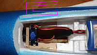 Name: Front retract - steering servo from top.jpg
