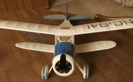Waco cabin bi-plane