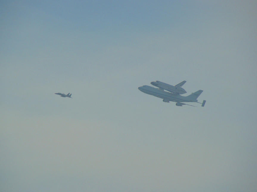 Name: shuttle3.jpg