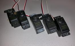 Set of 5 gently used Futaba 3004 servos 25 shipped