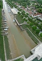 Name: Port Maubert 2.jpg