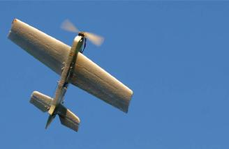 I used an APC 8x3.8 slo-fly prop for this plane, and it is a nice combination of speed and 3D-capable thrust.