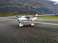 Name: cessna edo-testing the wheels struts.jpg