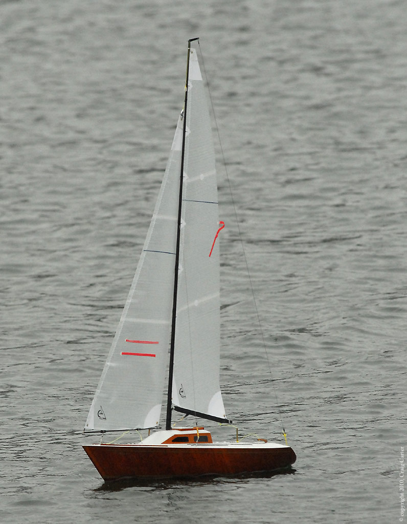 Aero's Sailboat - totally at home with the weather.