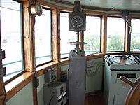 Name: 100_5538.jpg Views: 2 Size: 696.9 KB Description: Radio direction finder.