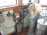 Name: 100_5541.jpg Views: 4 Size: 671.7 KB Description: Engine telegraph.