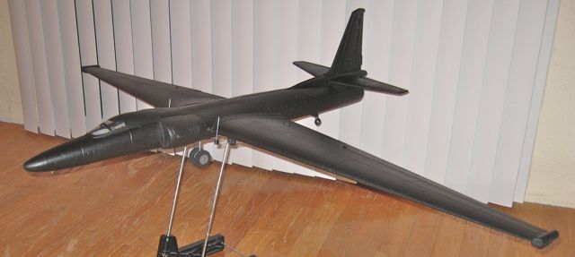 U-2 with Main Gear Retract, tailwheel, flaps and rudder mods!