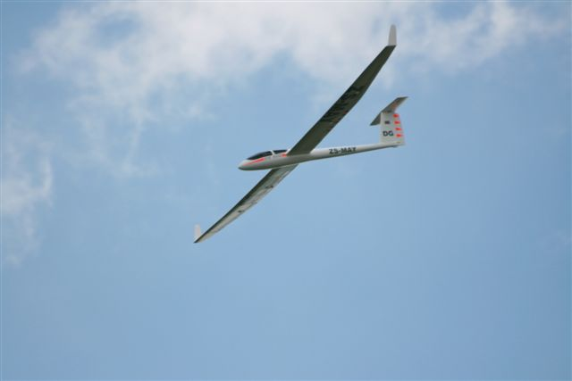 Name: Slope Flying 208.jpg