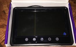 9 Inch TFT monitor- no bluescreen