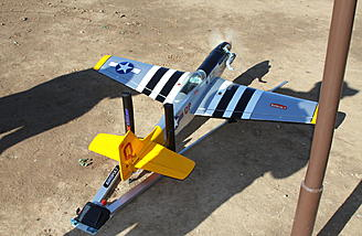 What flying site doesn't have a P-51? Ron's Horizon P-51 was placed in the Airopult without any difficulties.