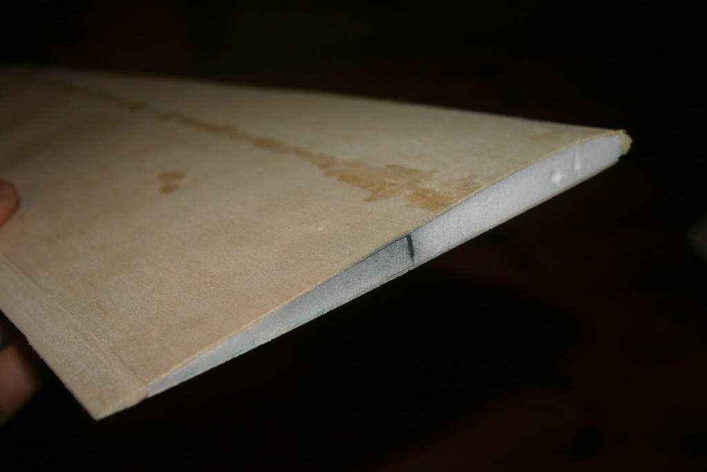 Foam with carbonfibre spar, covered with 1mm balsa