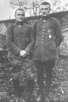 Name: 200px-Lothar_and_Manfred_von_Richthofen.jpg