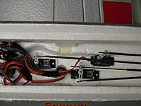 Name: PZ P-47 servos 007.jpg