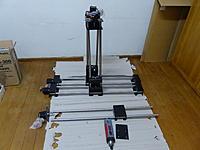 Name: P1020446.jpg Views: 213 Size: 154.7 KB Description: Assembling the milling shafts