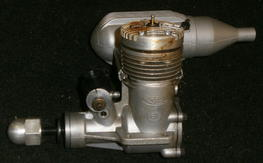 Vintage K&B .61 RC engine w/Perry carb