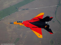 Name: BK9_red_gold_black_mig29.jpg