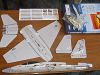 Name: f 18 unbox.jpg