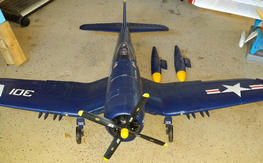 FMS 1700mm Corsair (Receiver Ready) w/extra set of main gear