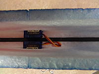 Name: 008 (2).jpg Views: 34 Size: 473.5 KB Description: Push the three servo wires through the hole in the bulkhead and plug into receiver.