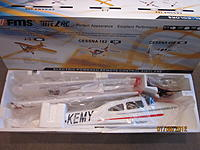 Name: FMS cessna 182 002.jpg