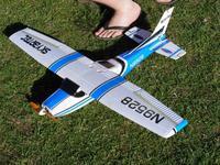 Name: DansCessna090509.jpg Views: 54 Size: 119.8 KB Description: Dan's Cessna. Fast and handles the wind great.
