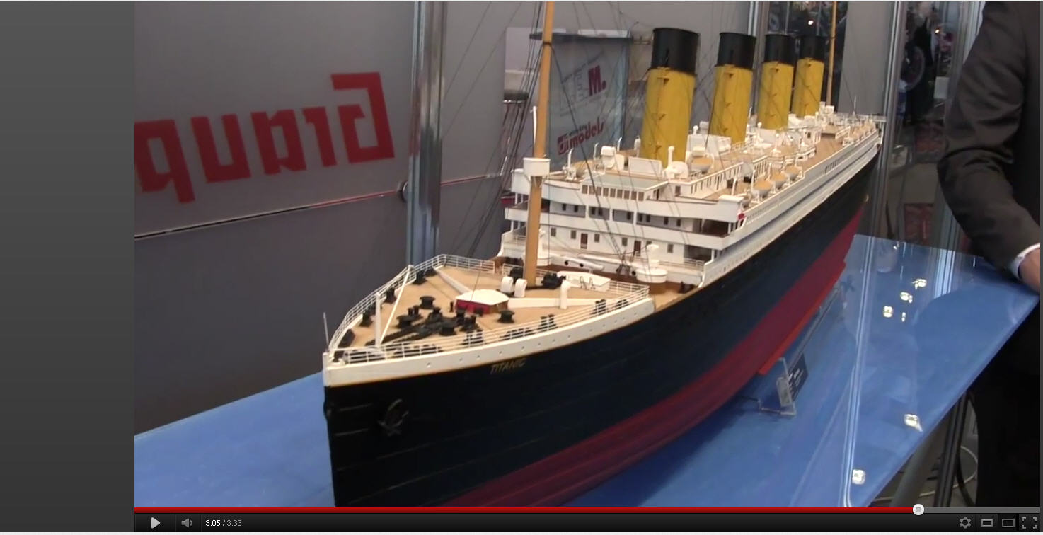GIANT 72 INCH TITANIC FULL LIGHTED SHIP!! | The Scale