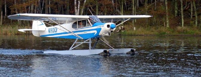 Super Cub on floats