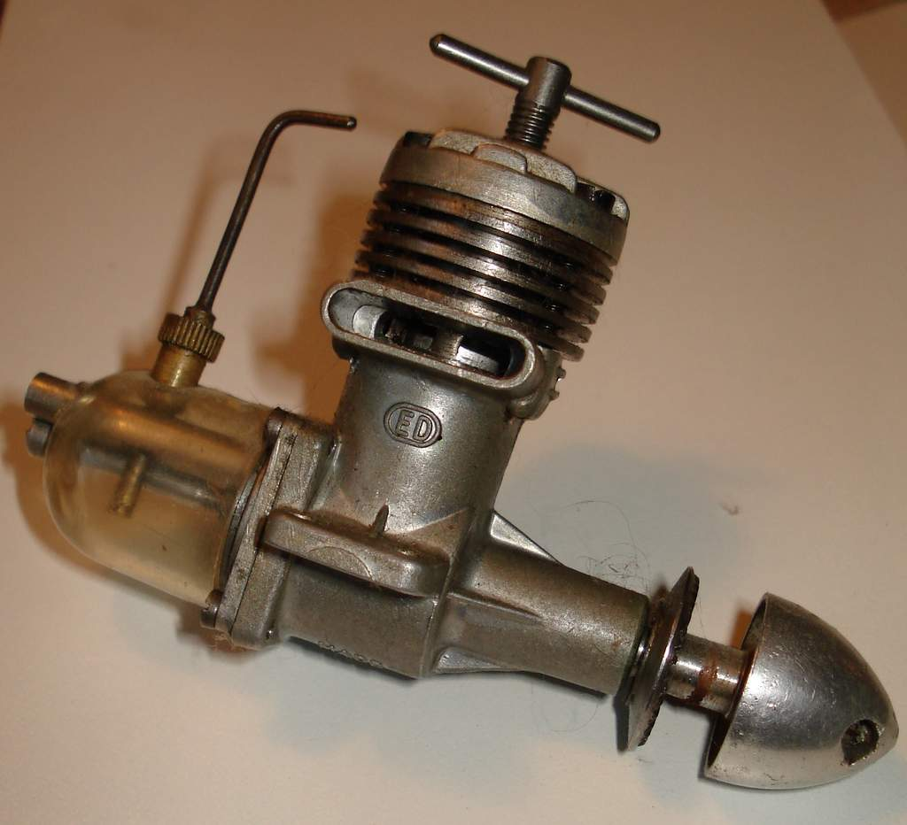 Vintage Model Airplane Engine 46