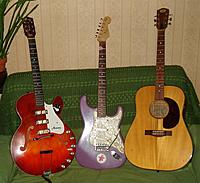 Name: 3 Guitars.jpg