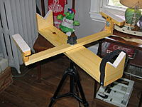 Name: stand4.jpg