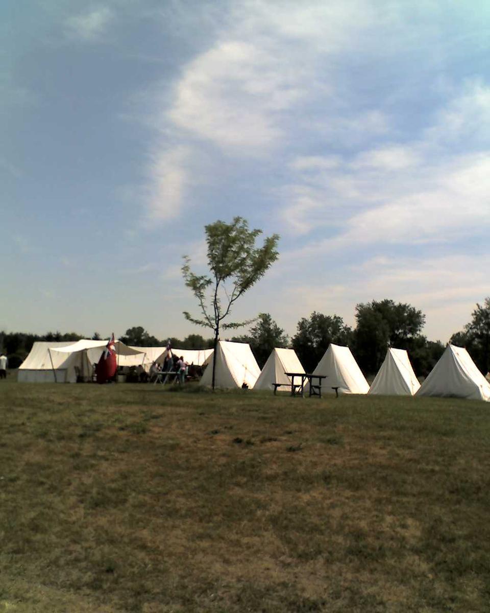 Name: 06-18-11_1209.jpg Views: 113 Size: 90.7 KB Description: More tents.