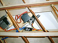 Name: S5000845.jpg Views: 32 Size: 787.4 KB Description: Cables and servo mounting.