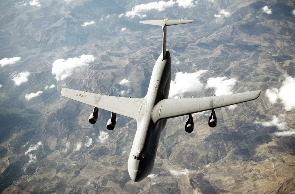 Name: Usaf_c5_galaxy_750pix.jpg