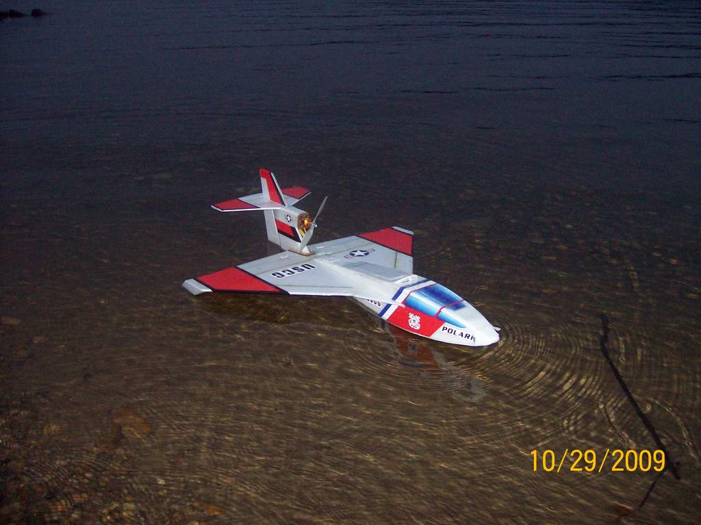 My Polaris built in July 2009. I am currently building another Polaris and also hoping to get the Aqua-Cat from Modelaero.com for Xmas.