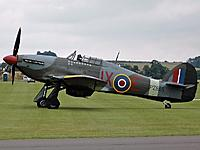 Name: 800px-Hurricane_IIC_PZ865.jpg