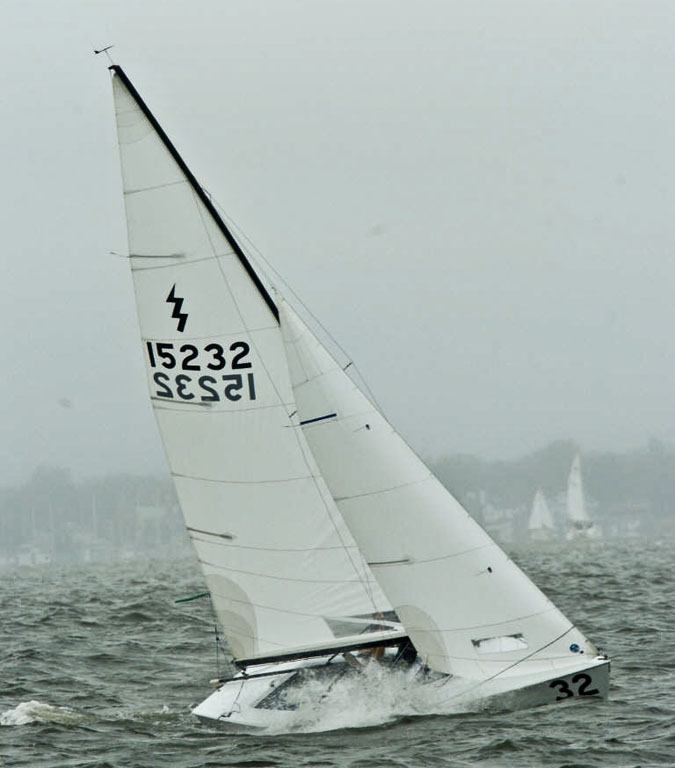 Attachment browser: 54286d1298582486-laser-first-sailboat-lightning-upwind.jpg by Zenmaniac - RC ...