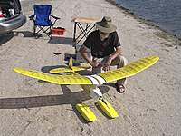 Name: Float Fly-Visalia 10-24-09 004.jpg