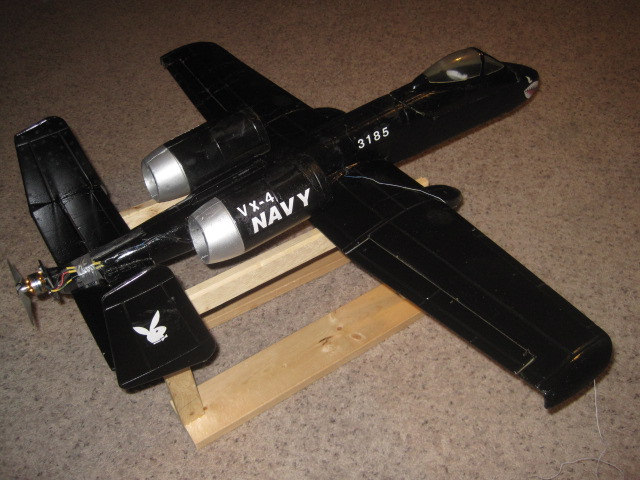 nitrplanes A-10 modifet to a push prop it is a bullet now