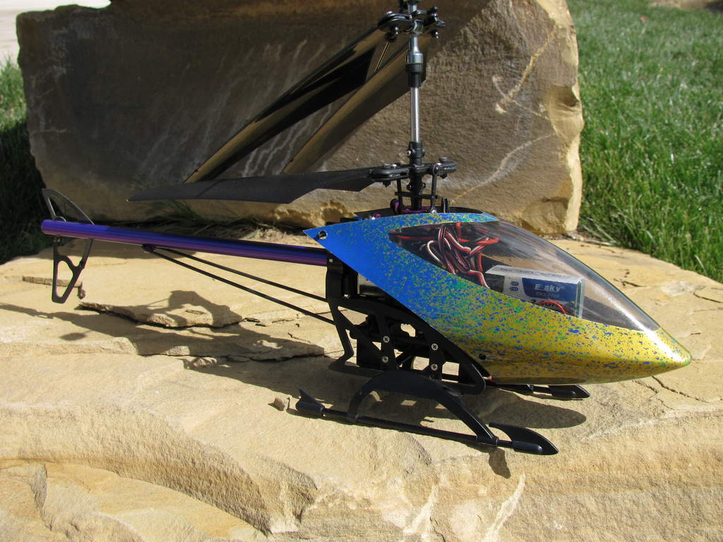 "Lama V4, aka ""Merlin"" - custom canopy curtesy of DJK Hobby"