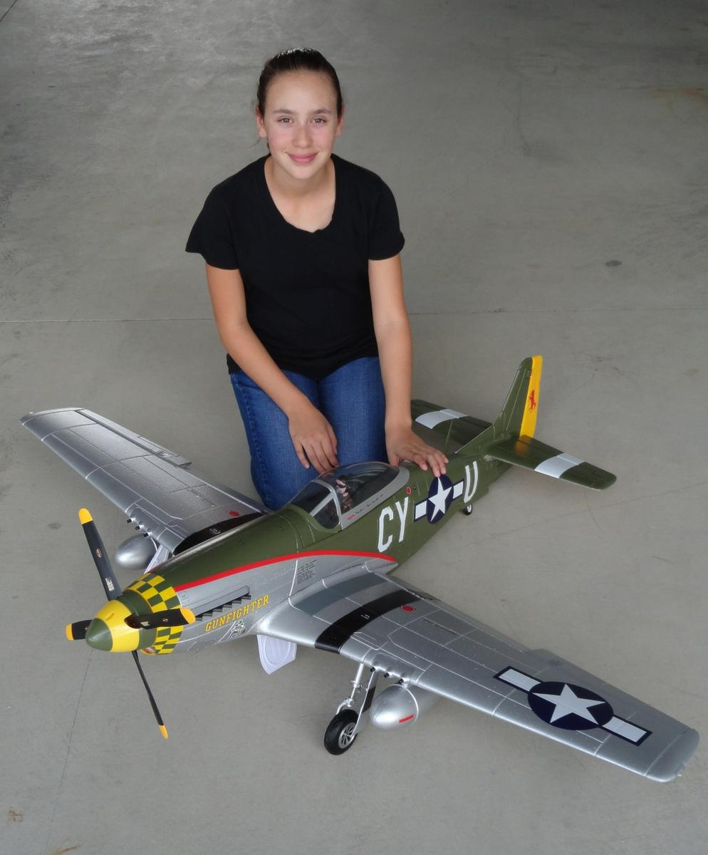 RC Pilot Evelyn with the New FMS 1400mm P-51 V7 Gunfighter Scheme