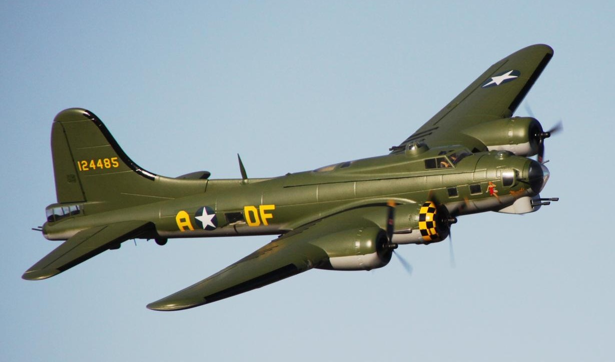My Green Starmax B-17. Photo by Ken Simmons
