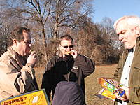 Name: IMG_1498.jpg Views: 75 Size: 137.8 KB Description: Carlos handing out the cookies to Lubo and Pavel.
