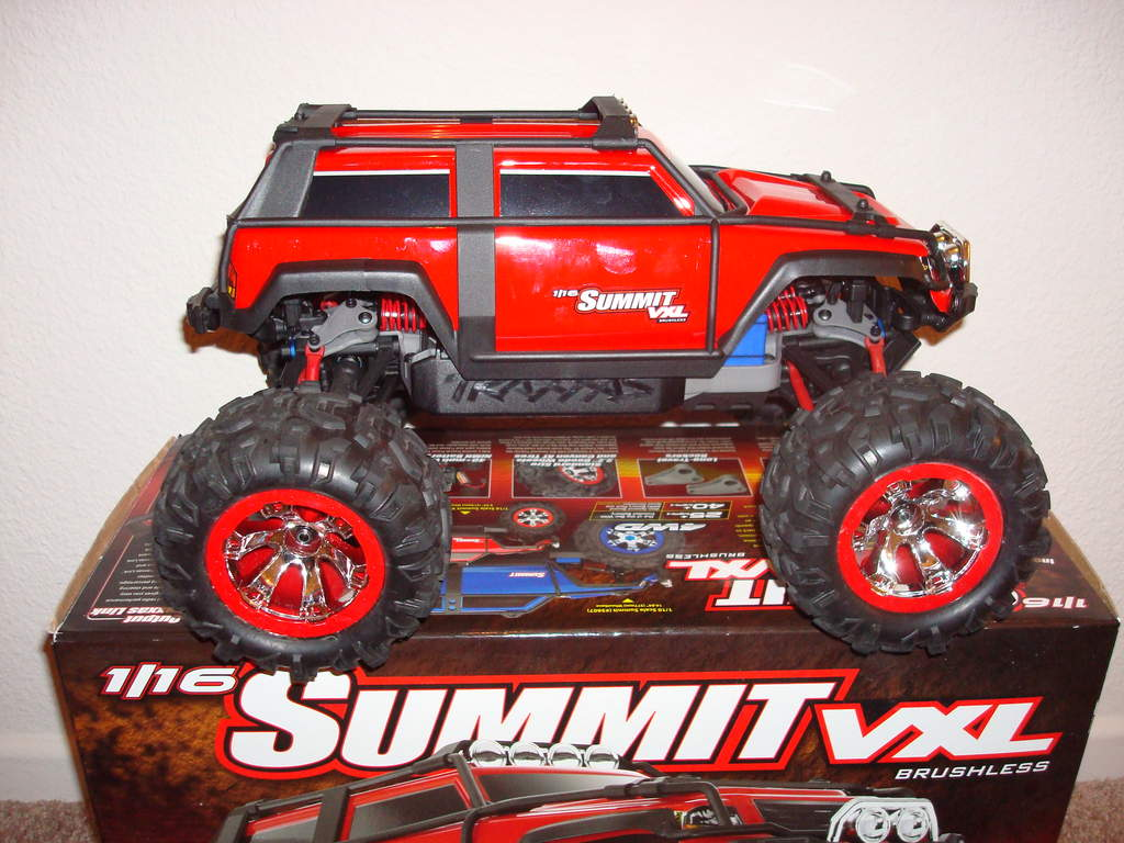 traxxas summit rc car with Attachment on 310723105158 additionally 5 Traxxas Trx77076 4 as well Summit Remote Control Car also Rat Rod Clear Body Mt moreover Attachment.