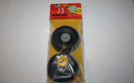 Dubro 1/5 Scale Piper J-3 Cub Treaded Wheels New In Package $20.00 FREE SHIPPED!!!